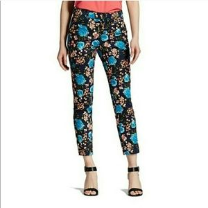 Pants - New Floral Cropped pants NWT Size 2